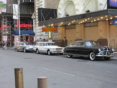 The Marvelous Mrs Maisel Filming on 45th Street NYC 8251 (Brechtbug) Tags: the marvelous mrs maisel filming 45th street nyc august 19th 2019 new york city 08192019 tv show shoot 1950s stand up comedy shows summer for network amazon prime video vintage car cars autos automobiles automobile
