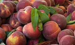 Fresh peaches (Leaning Ladder) Tags: bari italy italia puglia apulia peaches fruit canon 7d mkii 7dmkii leaningladder