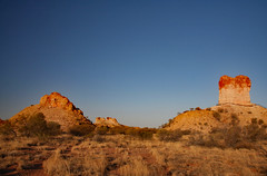 Chambers Pillar ! (Uhlenhorst) Tags: 2008 australia australien landscapes landschaften travel reisen