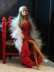 Barbie posses for the Press (marieschubert1) Tags: barbiedoll mattelbarbiedoll barbie fashiondoll charityevent photoopportunity press