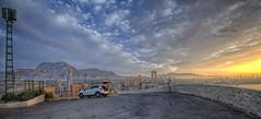 (213/19) Despertando amaneceres (Pablo Arias) Tags: pabloarias photoshop nx2 cielo nubes arquitectura paisaje mar agua mediterráneo coche kuga villajoyosa benidorm lacala alicante
