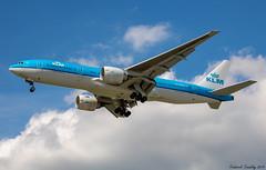 KLM / Boeing 777-206(ER) / PH-BQC / YVR (tremblayfrederick98) Tags: klm boeing b777 boeing777 777 vancouver aviation avgeek avporn heavy airbus airplane landing planesspotting plane planes