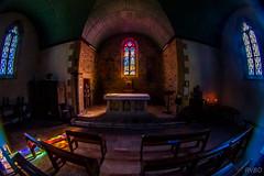 Dans le silence de la chapelle (Explore) (RVBO) Tags: bretagne breizh brittany belon chapelle finistère peleng