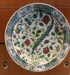 (sftrajan) Tags: islamicceramics islamicart ceramics lyon france muséedesbeauxartsdelyon museumoffineartslyon muséedesbeauxartslyon decorativearts museo plate artislamique