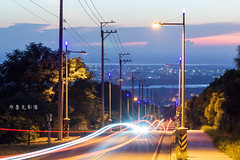 D69_0800 (brook1979) Tags: 台中 大肚 藍色公路 公路 高地 台地 車道 夕陽 taiwan 台灣 taichung road sunset