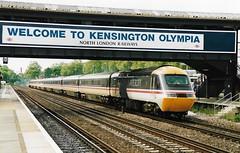 43185 43192 190595 (stevenjeremy25) Tags: intercity 125 railway train speed high 43 253 hst 43185 43192 kensington