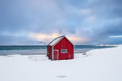 Cold Sand (CResende) Tags: beach snow landscapephotography red blue norway norwaytravel huts cabin redhut landscaping ocean sunsetbeach sun clouds waves sky colorful sand light lofotenislands lofoten beauty fujifilm fujifilmxt3 fuji cresende ranbergstranda
