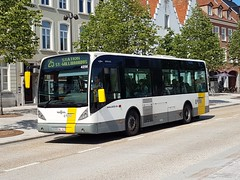 BEL Lijn 4256 ● Brugge (Roderik-D) Tags: newa308 vanhool 4256 brugge busstationtzand hwl618 hwl627 stadtbus stadsbus citybus delijn42444277