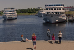Scene on the embankment (Lyutik966) Tags: uglich russia city river water volga ship cruise embankment people scene woman girl