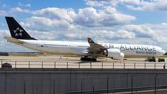 Airbus A340-642 ZS-SNC South African Airways - Star Alliance Livery (William Musculus) Tags: frankfurt am main rhein frankfurtmain fra fraport eddf airport flughafen spotting aviation plane airplane william musculus airbus a340642 zssnc south african airways star alliance livery sa saa a340600 special scheme