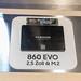 Samsung 860 Evo Solid State Drive auf Display auf der Gamescom Messe in Köln