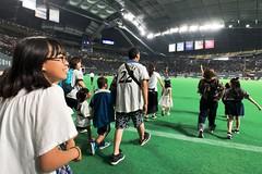 SAKURAKO - Sapporo Dome. (MIKI Yoshihito. (#mikiyoshihito)) Tags: sapporodome 札幌ドーム 野球 baseball 日ハム sakurako 櫻子 さくらこ 娘 daughter サクラコ 長女 10歳10ヶ月 eldestdaughter