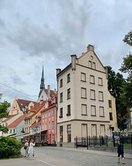 Streetview in Riga (Zunkkis) Tags: riga latvia