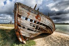 Port-Bail (erichudson78) Tags: france normandie manche portbail borddemer plage sea seascape seaside beach canoneos6d bateau boat epave bois wood