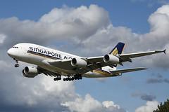 9V-SKL Airbus A380-841 EGLL 19-08-19 (MarkP51) Tags: 9vskl airbus a380841 a380 singaporeairlines sq sia london heathrow airport lhr egll england airliner aircraft airplane plane image markp51 nikon d7200 nikon24120f4gvr