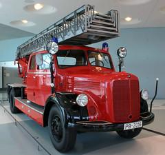 Mercedes ladder truck (Schwanzus_Longus) Tags: stuttgart german germany old classic vintage vehicle truck lorry fire fighting brigade department feuerwehr ladder aerial mercedes benz lf3500