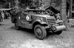 Santa Fe event - 2019 (Ronald_H) Tags: santa fe event 2019 war museum overloon black white film washi d military vehicle wwii