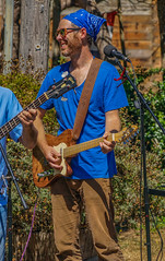 2018 Street Fair--DSC09812--Port Orford, OR (Lance & Cromwell back from a Road Trip) Tags: streetfair2018 portorford currycounty oregon portorfordheads music entertainment sony sonyalpha emount a7ii 24240mm fe24240mm 24240mmlens event