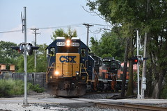Special Delivery (bnsfwarbonnet) Tags: csx csxt 6498 y110 z010 transfer barr yard ihb blue island train gp402 chatham chicago heights sub subdivision