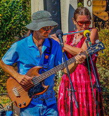 2018 Street Fair--DSC8087--Port Orford, OR (Lance & Cromwell back from a Road Trip) Tags: streetfair2018 portorford currycounty oregon portorfordheads music entertainment sony sonyalpha emount a7ii 24240mm fe24240mm 24240mmlens event