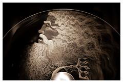 Neptune (leo.roos) Tags: bowl schaal kosta kostaboda glassart glaskunst glasriket kingdomofcrystal monochrome glas crea arty minolt rokko zweed 900 sonydsl a900 minolta mcrokkorpg5812 amount sverige sweden zweden zwedenaugustusseptember2011 darosa leoroos