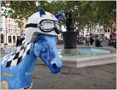 Rayo (Mabacam) Tags: 2019 london kensington chelsea worldhorsetrail theboroughtrail horse pony horsesculpture ponysculpture art artinstallation outdoors animal animalwelfare rayo leemckenzie helmet goggles