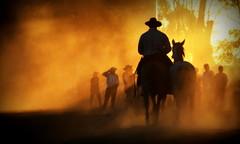 Poeirenta (Eduardo Amorim) Tags: gaúcho gaúchos gaucho gauchos cavalos caballos horses chevaux cavalli pferde caballo horse cheval cavallo pferd crioulo criollo crioulos criollos cavalocrioulo cavaloscrioulos caballocriollo caballoscriollos pampa campanha fronteira uruguaiana riograndedosul brésil brasil sudamérica südamerika suramérica américadosul southamerica amériquedusud americameridionale américadelsur americadelsud cavalo 馬 حصان 马 лошадь ঘোড়া 말 סוס ม้า häst hest hevonen άλογο brazil eduardoamorim jineteada gineteada