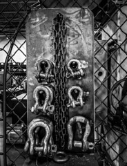 SHACKLES (I-C-THNGS (David Starling)) Tags: shackles iron fence cage riggings chain usa shop industrial industry tool