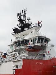 M2032447 E-M1ii 40mm iso200 f5.6 1_800s 0 (Mel Stephens) Tags: 20190803 201908 2019 q3 3x4 tall olympus mzuiko mft microfourthirds m43 40150mm omd em1ii ii mirrorless gps uk scotland aberdeen coast coastal transport boat ship