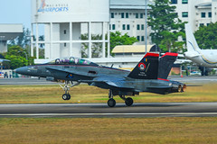 McDonnell Douglas FA-18D Hornet (phuong.sg@gmail.com) Tags: combat force war warplane aerobatic aerodrome aeroplane afterburner air aircraft airforce airshow army asia attack aviation bomber conflict defense engine exhibition fighter flight fly flying heaven hunter interceptor jet lima malaysia marine military missile nato pilot plane power reactor royal runaway show soldier sound speed start typhoon weapon