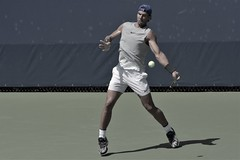 norland d. cruz photography: top-ranked tennis player rafa nadal of spain takes practice swings at the u.s. open 2019 in flushing meadows, queens, ny (norlandcruz74) Tags: grandslam iso high shutterbug shutter speed tour atp mens singles men 70300mm telephoto telefoto zoom lens afs nikkor gear photographer american filipino pinoy norlandcruz majors major event sport summer august sports photography action motion dslr dx d7200 nikon usta day practice meadows flushing queens newyork ny 2019 usopen player tennis spain spaniard rafa nadal