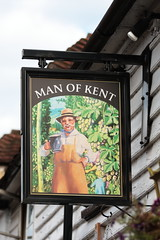Man of Kent pub sign Tonbridge Kent UK (davidseall) Tags: man kent pub pubs sign signs inn tavern bar public house houses tonbridge uk gb british english hanging