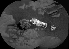Lumpy, Light-Colored Rock (sjrankin) Tags: 21august2019 edited nasa mars msl curiosity galecrater sand closeup rock segments panorama grayscale