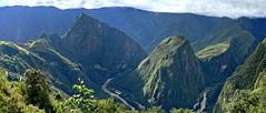 Machu Picchu - a stunning site (Chemose) Tags: sony ilce7m2 alpha7ii mai may pérou peru incatrail chemindelinca caminoinca inca machupicchu intipunku portedusoleil sungate landscape paysage montagne mountain vallée rio river urumba