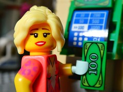 Shopping time (sander_sloots) Tags: lego money atm automaat flappentap patty girl machine city shopping minifig minifiguur winkelen dctz90 panasonic lumix notes blonde toy photography pretty geldautomaat brickbank bricks speelgoed fotografie posing geld briefgeld