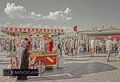 ISTANBUL (01dgn) Tags: istanbul eminönü eminönümeydaniistanbul turkey türkiye türkei travel city cityscape eurapa europe avrupa streetphotography sky clouds colors wideangle canoneos77d