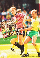 Sheffield United vs West Ham United - 1991 - Page 27 (The Sky Strikers) Tags: sheffield united west ham barclays league division one bramall lane the blade official programme pound twenty
