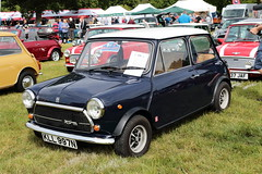 1974 Innocenti Mini Cooper KLL997N MCR National Mini Cooper Day Beaulieu 2019 (davidseall) Tags: 1974 innocenti mini cooper kll997n mcr national day beaulieu 2019 register kl 997n classic original old shape style great british hampshire uk car