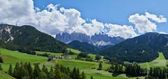 Santa Maddalena (prakharamba) Tags: tyrol funes santamaddalena italy italie dolomites panorama nikon d750