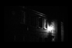 (David Ian Ross) Tags: darkedit strase street rue leica november 2017 dlux3 light lowres lumièredelalampe dutchquarter lampenlicht lamplight davidianrossphotography colchester town davidrossphotography