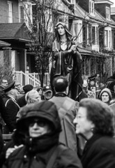 DSC_7369_epgs (Eric.Parker) Tags: april 19 easter 2019 goodfriday procession littleitaly stfrancis assisi church stfrancisofassisi college street jesus christ stationsofthecross christian christianity brassband toronto palm bw