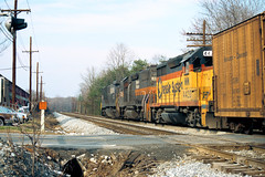 Crossing Montivideo Rd (DJ Witty) Tags: railroad emd dieselelectriclocomotive train photography dh csxt chessiesystem gp35 gp392 c307 capitolsubdivision