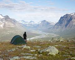 Sarek IV (Gustaf_E) Tags: camp johannaeriksson jokkmokk kvinna2530år landscape landskap lappland norrland rapaselet sarek sareknationalpark sverige sweden tent tält