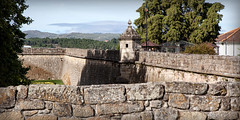 Forte São Francisco _7505 (hkoons) Tags: iberianpeninsula citywall castle chaves city europe portugal protection ancient citadel defense enclosure fort fortress hill home keep knights lord mote old outdoors palace parapet residence sunshine tower village villagers wall walled walls