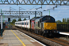 ROG 37800 Thrashes past Cheddington dragging 317506 to Ilford 20/8/19 (Lewis43239) Tags: class 37 rog rail operations group 317 emu drag greater anglia wcml west coast main line loco thrash