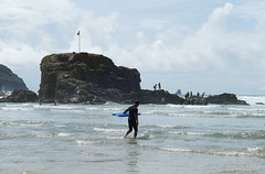 D22176.  Perranporth. (Ron Fisher) Tags: perranporth cornwall westcountry westofengland beach seaside sea surfer england europe europa gb greatbritain uk unitedkingdom