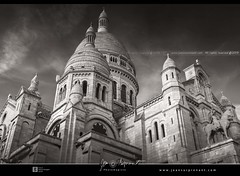 bh00001 (Jean Surprenant photomagiste) Tags: paris france jeansurprenantphotomagiste jean271972 jeansurprenant photomagiste pixelistes shop boutique sale achat architecture edifice building eglise church basilique basilica sacrécoeur montmartre dri sculpture ciel sky nuage cloud digitalblending noiretblanc nb bw blackandwhite artprint