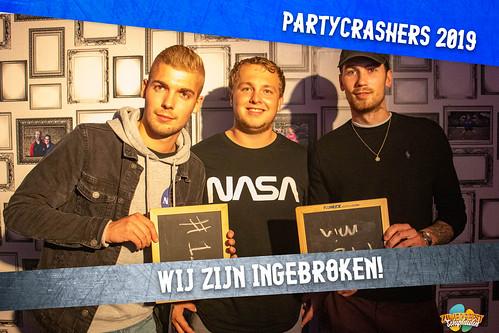 partycrashers-33_0008_Blauw copy 2