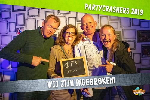 partycrashers-33_0003_Groen copy 5