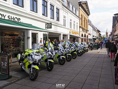 Police, Postnord Danmark Rundt, Silkeborg 2019 (Appaz Photography☯) Tags: events appazphotography denmark jylland silkeborg vestergadesilkeborg vestergade postnorddanmarkrundt cykelløb politi police